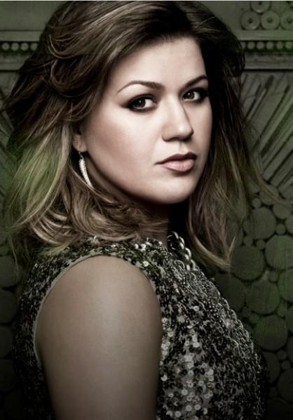Kelly Clarkson Promo Shot 2011