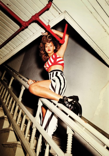 Rihanna - Talk That Talk - press shot 2011