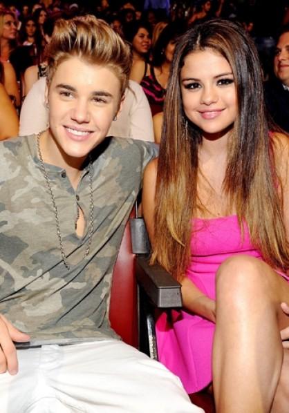 Justin Bieber Teen Choice 2012 Selena Gomez