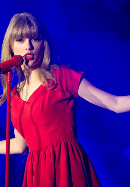 Taylor Swift Westfield Christmas lights