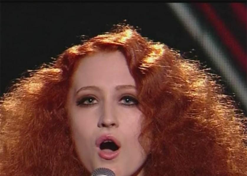 Janet Devlin - X Factor Finalist - Bang Showbiz - November 2011