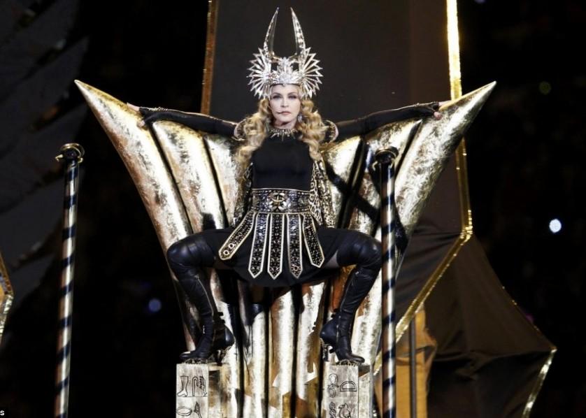 Madonna - Super Bowl performance