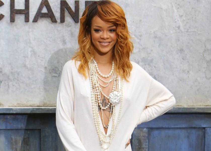 Cover Media - Rihanna