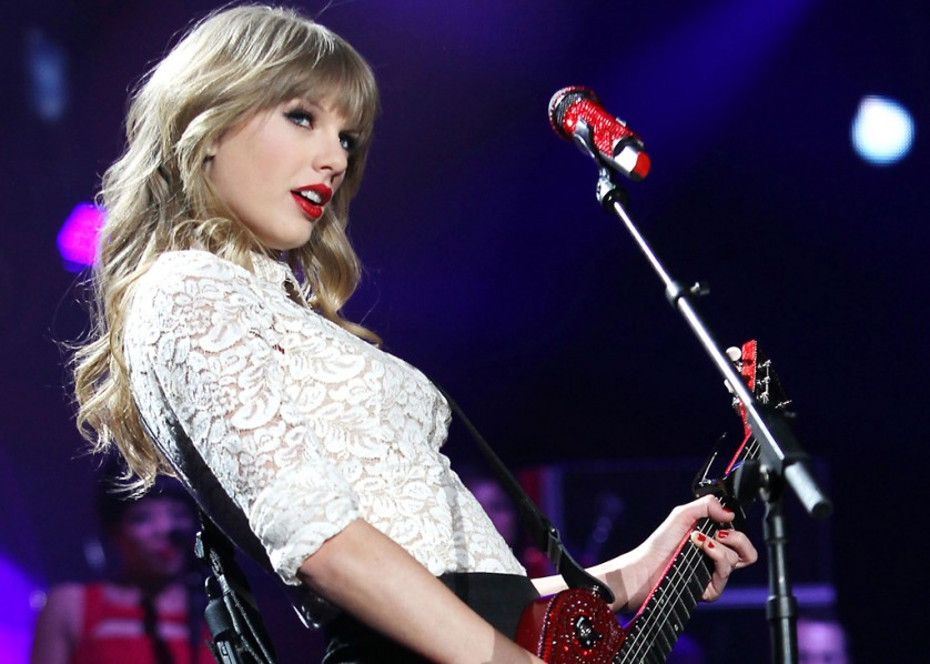 Cover Media - Taylor Swift